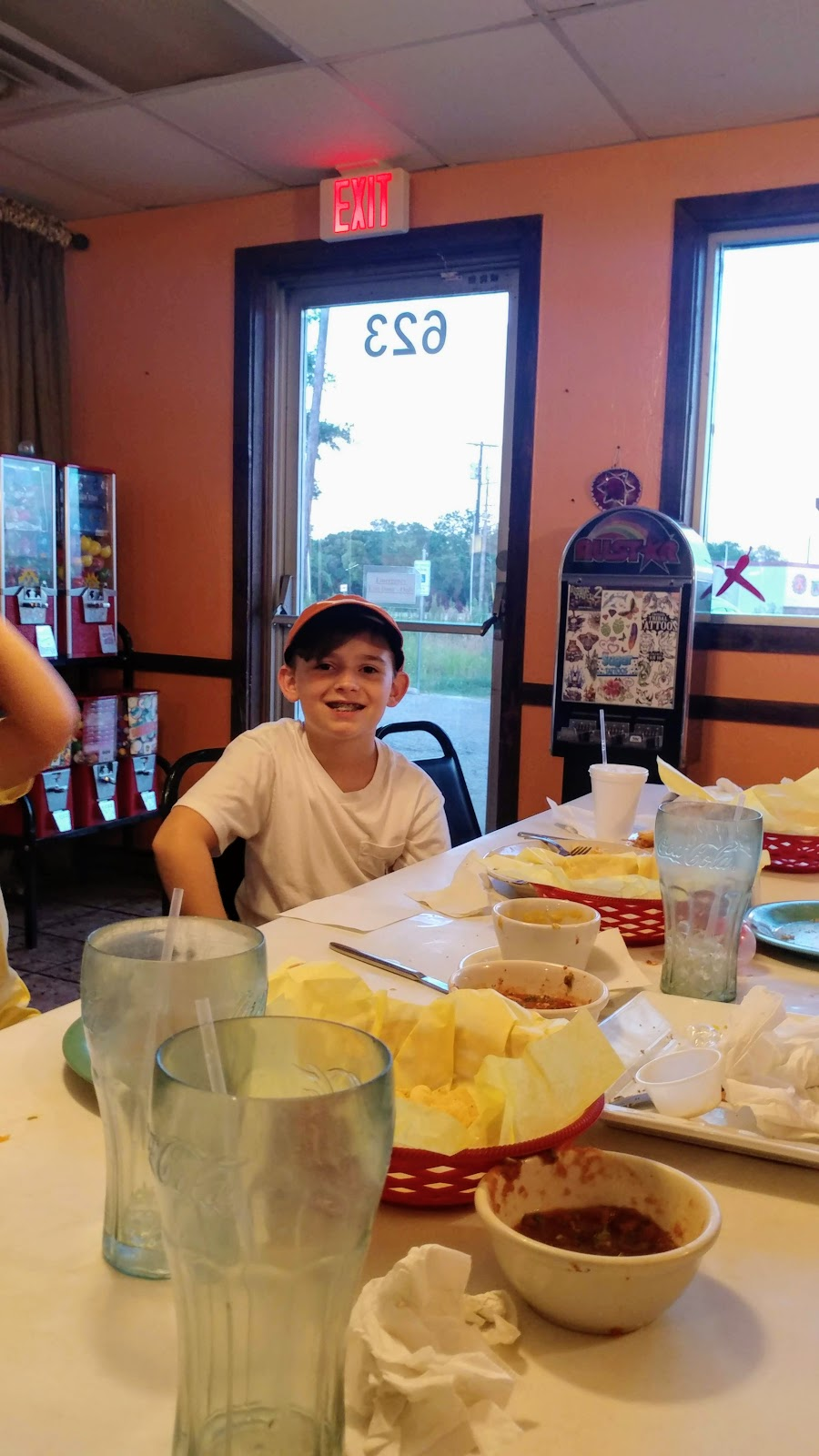 Chilitos - cafe    Photo 8 of 10   Address: 621 S Lake Dallas Dr, Lake Dallas, TX 75065, USA   Phone: (940) 321-5522