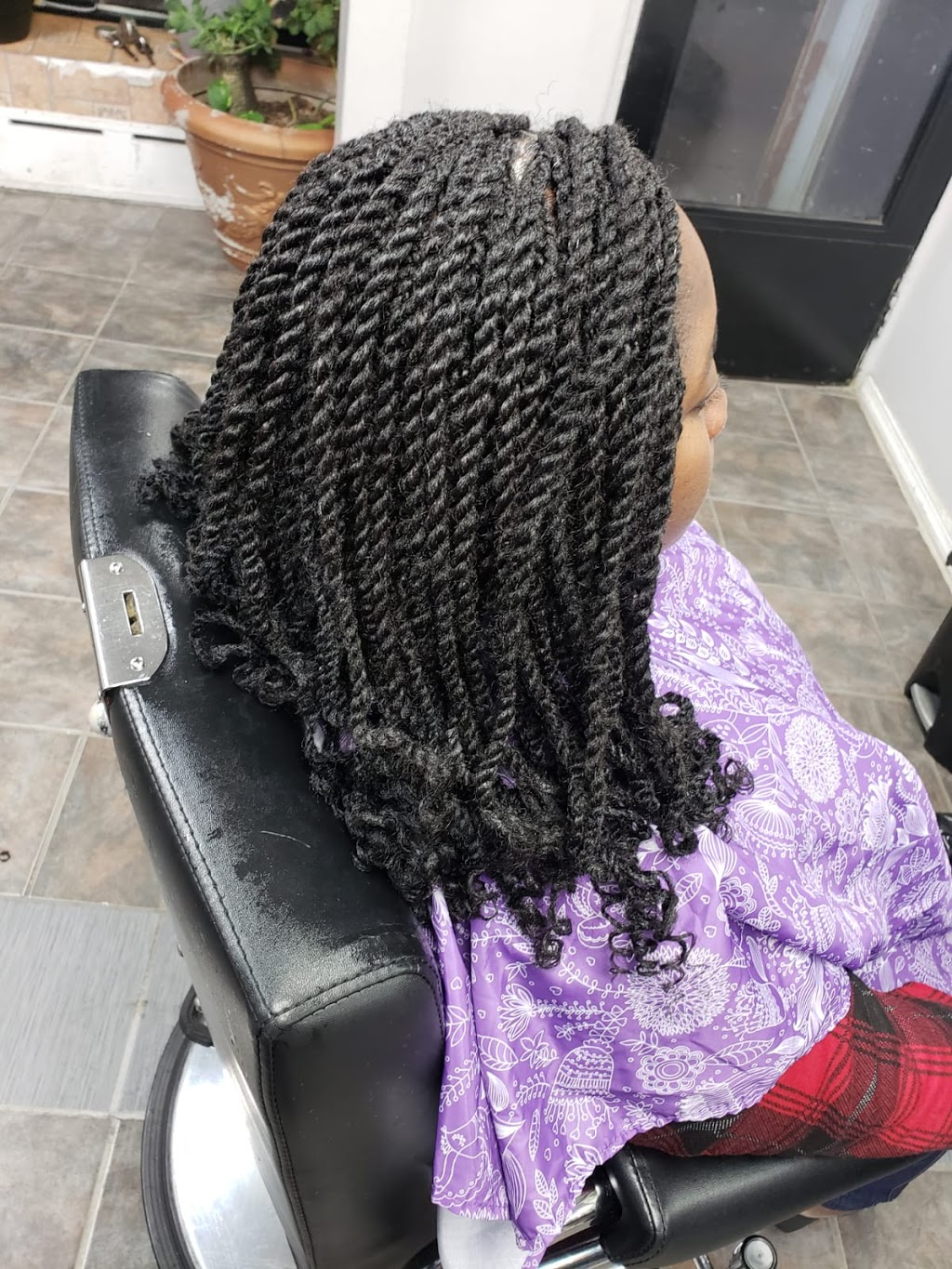 Flakky African Hair Braiding - hair care  | Photo 3 of 10 | Address: 253 Broad St, Staten Island, NY 10304, USA | Phone: (347) 371-3645
