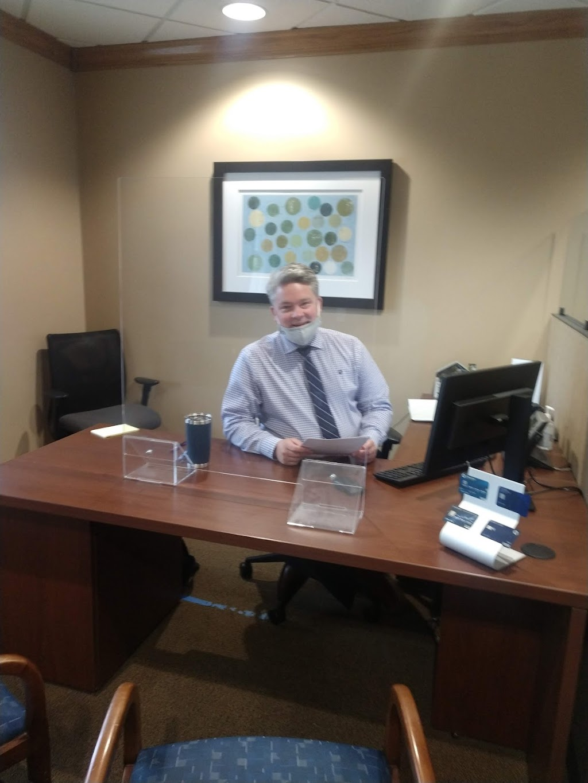 Chase Bank - bank  | Photo 2 of 2 | Address: 285 E Reagan Pkwy, Medina, OH 44256, USA | Phone: (330) 722-1212