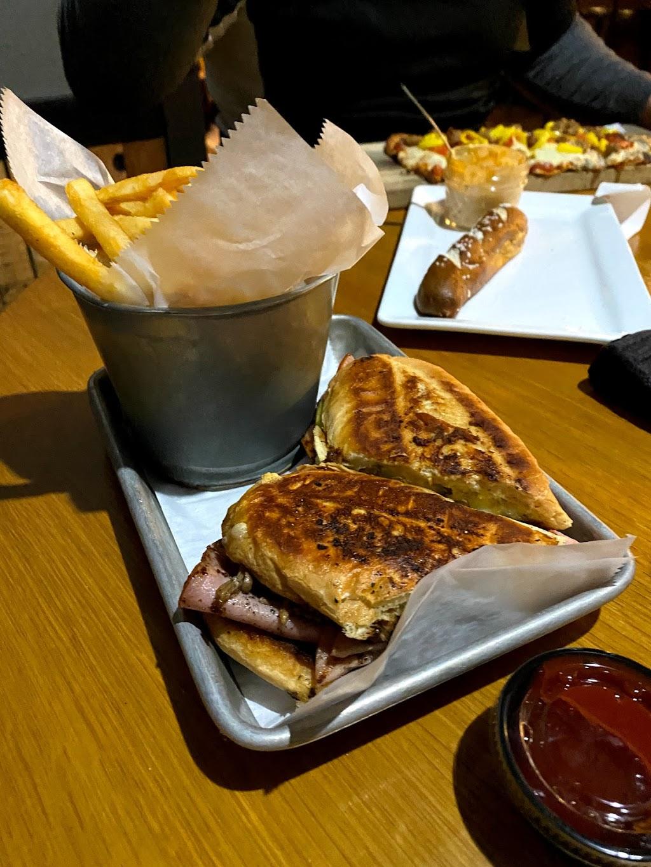 Mason Jar Tap & Grill - restaurant    Photo 4 of 10   Address: 8504 Secor Rd, Lambertville, MI 48144, USA   Phone: (734) 854-8737