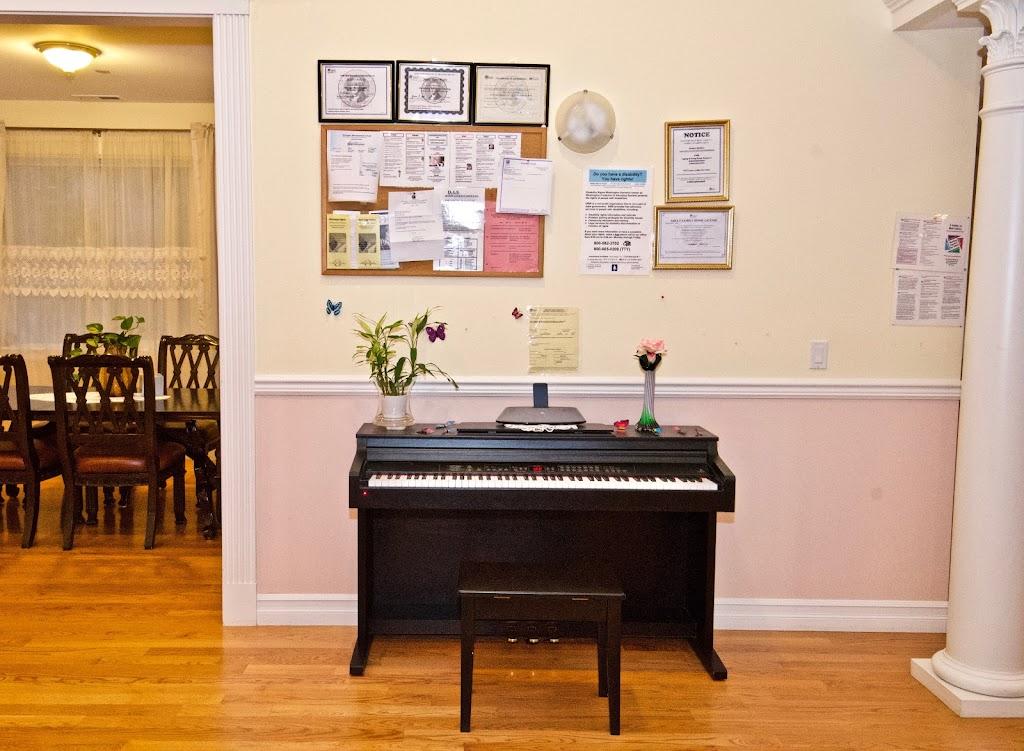 Novelty Hill Adult Family Home - health  | Photo 10 of 10 | Address: 18446 NE 95th St, Redmond, WA 98052, USA | Phone: (206) 941-4122