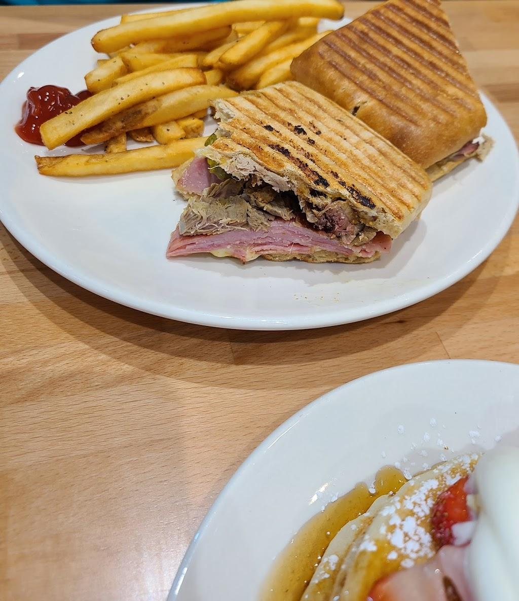 Starwood Cafe - Trophy Club - restaurant    Photo 1 of 4   Address: 2240 TX-114, Trophy Club, TX 76262, USA   Phone: (682) 502-4505