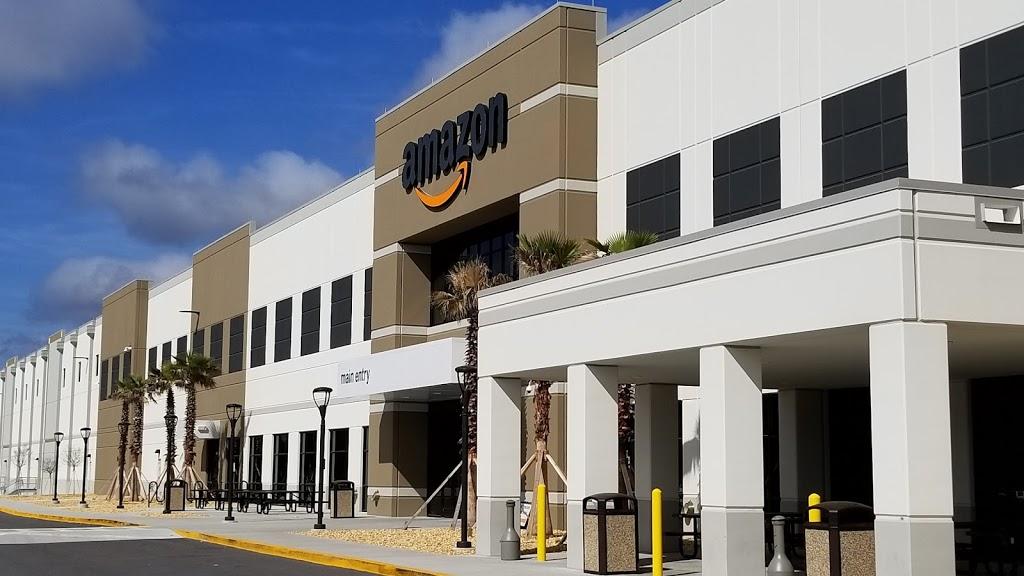 Amazon Fulfilment Center - storage  | Photo 1 of 10 | Address: 32210, 13333 103rd St, Jacksonville, FL 32221, USA | Phone: (855) 440-7663