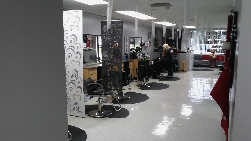 Cutz n Clips 2 - hair care  | Photo 1 of 10 | Address: 35360 FL-54, Zephyrhills, FL 33541, USA | Phone: (813) 782-8888