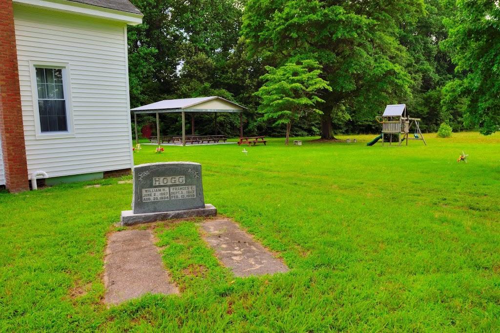 Hornsbyville Baptist Church - church  | Photo 8 of 10 | Address: 907 Hornsbyville Rd, Yorktown, VA 23692, USA | Phone: (757) 813-1880