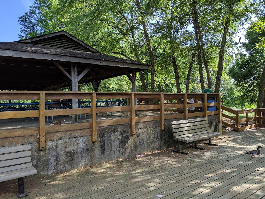 Tilles Park - park  | Photo 3 of 10 | Address: 9551 Litzsinger Rd, St. Louis, MO 63124, USA | Phone: (314) 615-4386