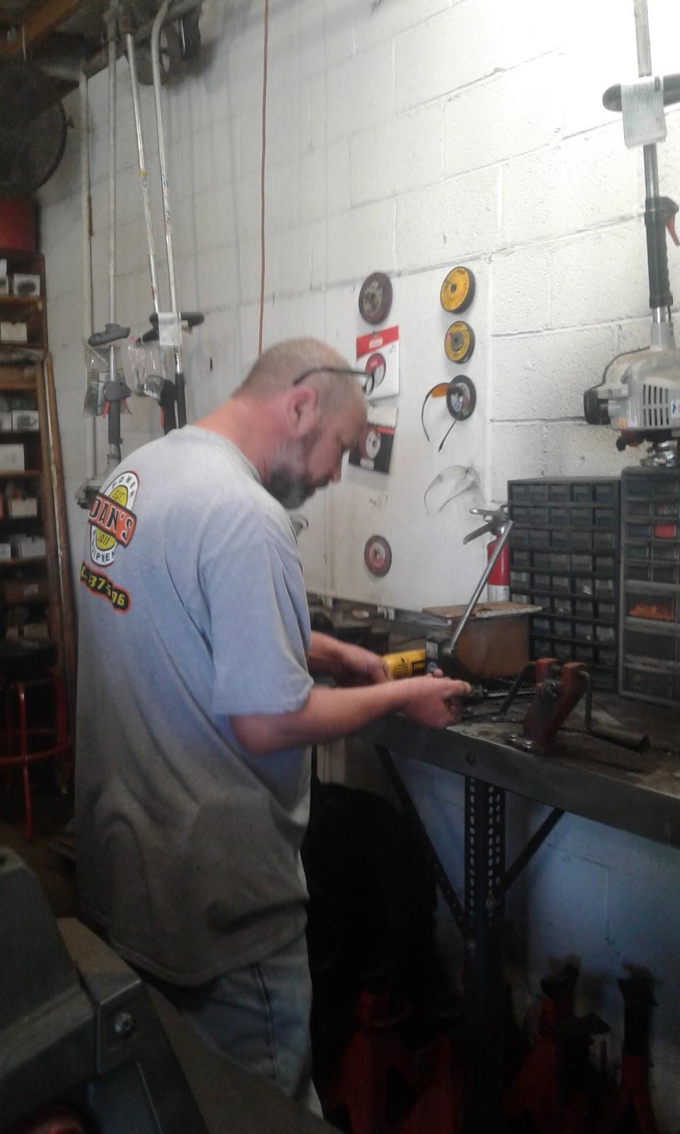 Dans Power Equipment LLC - store  | Photo 1 of 1 | Address: 11000 SE 59th St, Oklahoma City, OK 73150, USA | Phone: (405) 737-5296