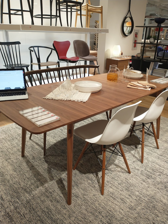 Design Within Reach - furniture store  | Photo 8 of 10 | Address: Galleria Shopping Center, 3225L Galleria, Edina, MN 55435, USA | Phone: (952) 920-0225