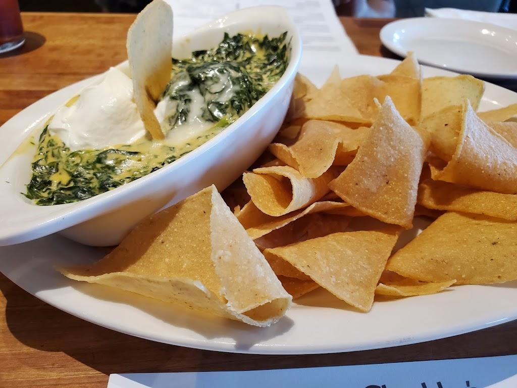Hot Head Burritos - restaurant  | Photo 4 of 10 | Address: 729 Columbus Ave, Lebanon, OH 45036, USA | Phone: (513) 228-1888