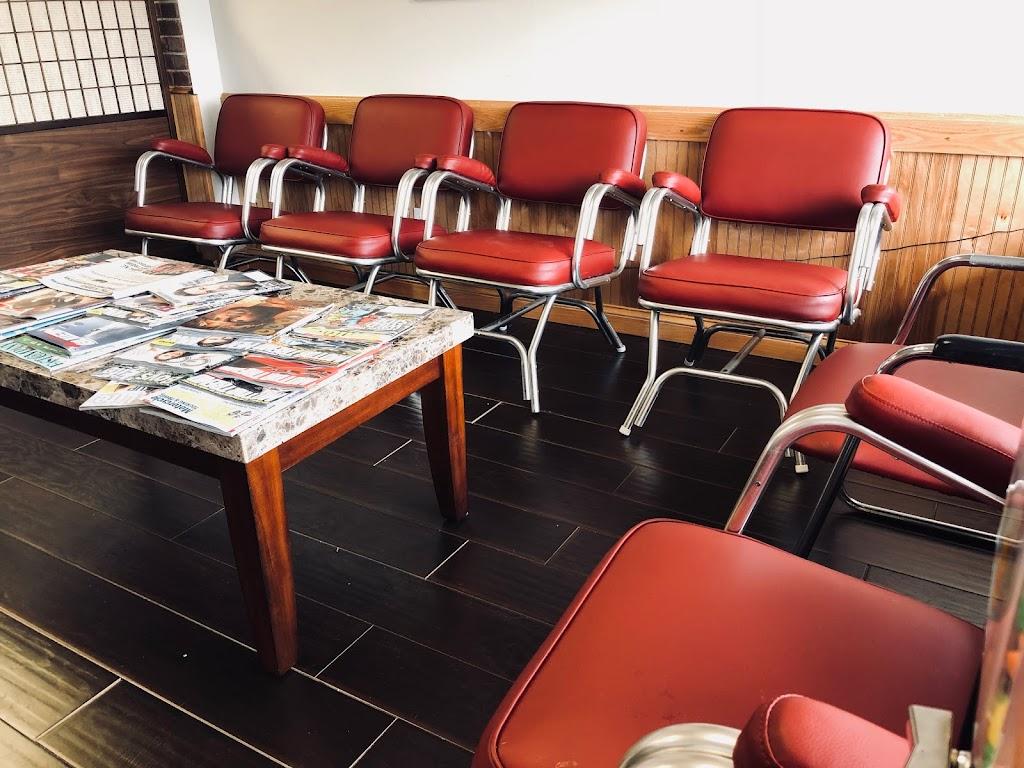 Brockett Square Barber Shop - hair care  | Photo 3 of 10 | Address: 3855 Lawrenceville Hwy, Tucker, GA 30084, USA | Phone: (770) 491-3083