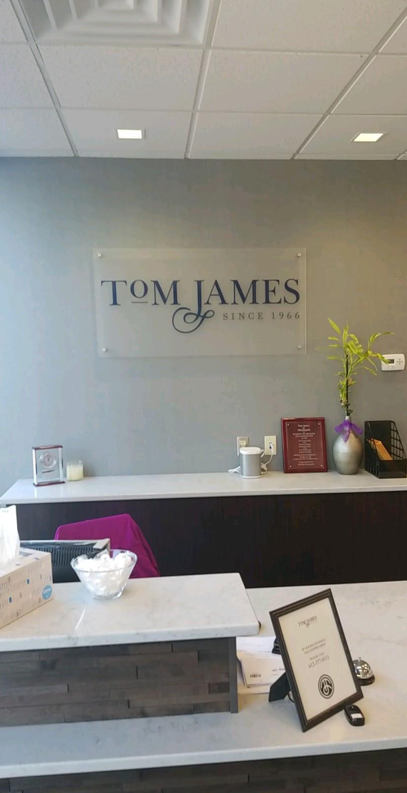 Tom James Company - clothing store    Photo 3 of 8   Address: 2523 S Wayzata Blvd Ste.#100, Minneapolis, MN 55405, USA   Phone: (612) 377-0111