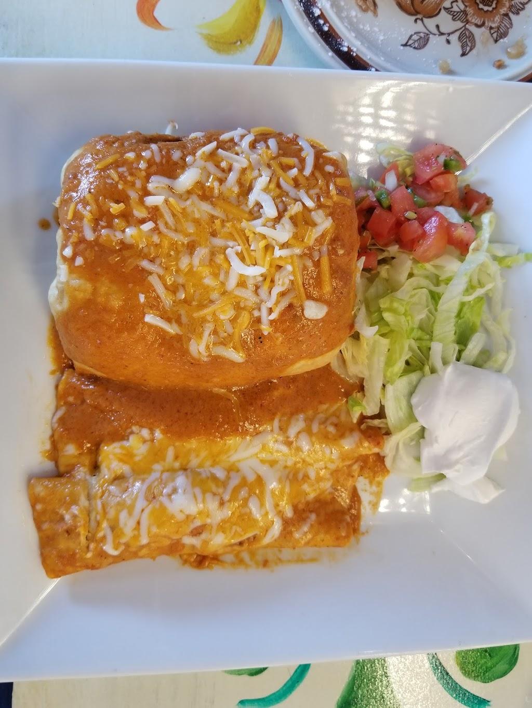 Casa Pelaez - restaurant    Photo 6 of 10   Address: 500 Ernston Rd, Parlin, NJ 08859, USA   Phone: (732) 952-5541