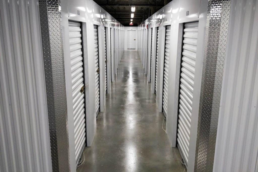 Public Storage - storage  | Photo 8 of 10 | Address: 5002 2nd Ave, Brooklyn, NY 11232, USA | Phone: (718) 887-9049