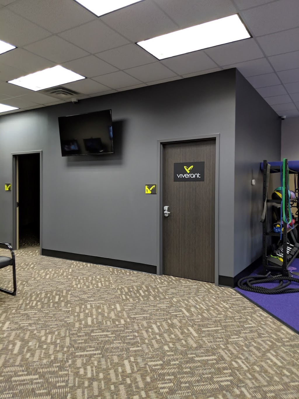 Viverant Physical Therapy - health    Photo 3 of 4   Address: Inside Anytime Fitness Club, 20700 Chippendale Ave W, Farmington, MN 55024, USA   Phone: (952) 835-4512