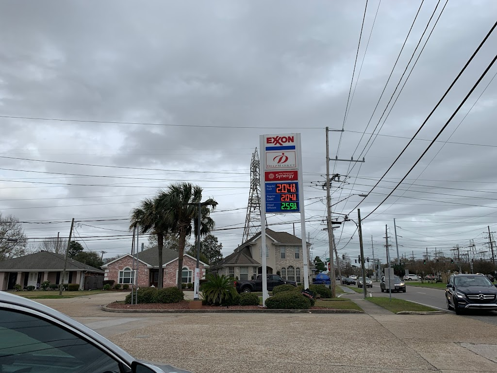 Exxon - gas station  | Photo 3 of 3 | Address: 8910 W Esplanade Ave, Kenner, LA 70065, USA | Phone: (504) 888-8010