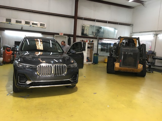 Tint Specialists - car repair    Photo 8 of 10   Address: 2080 St Johns Bluff Rd S, Jacksonville, FL 32246, USA   Phone: (904) 998-3812