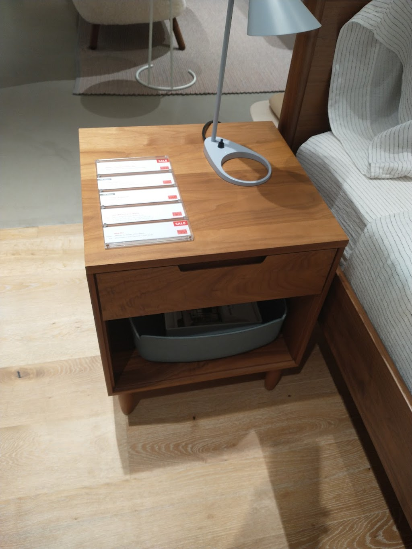 Design Within Reach - furniture store  | Photo 9 of 10 | Address: Galleria Shopping Center, 3225L Galleria, Edina, MN 55435, USA | Phone: (952) 920-0225
