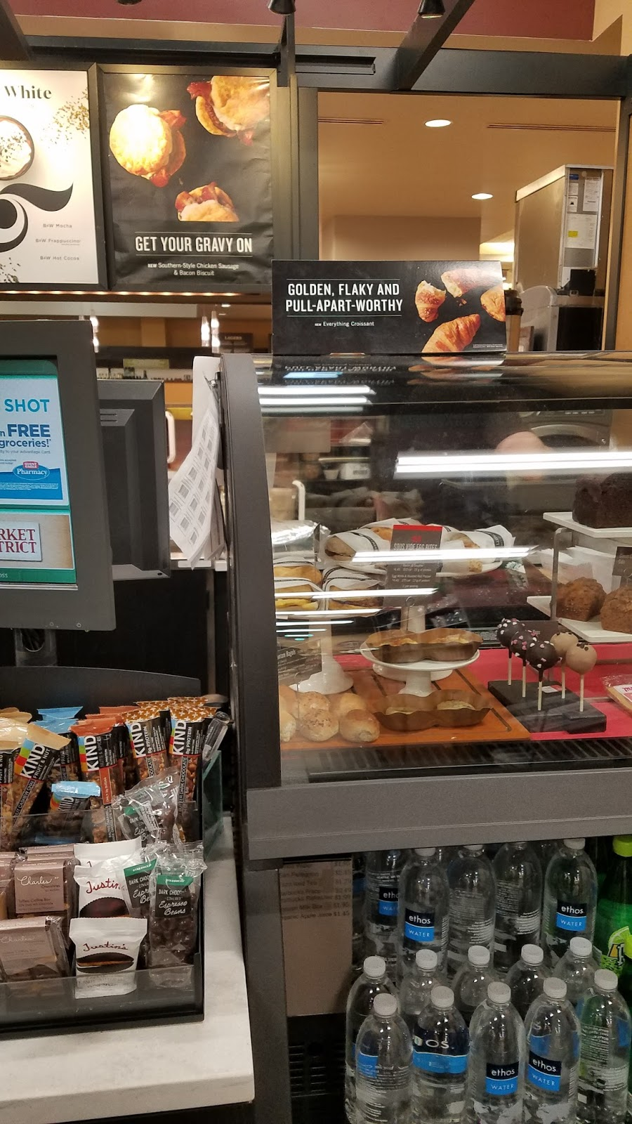 Starbucks - cafe  | Photo 2 of 5 | Address: 7000 Oxford Dr, Bethel Park, PA 15102, USA | Phone: (412) 831-1480