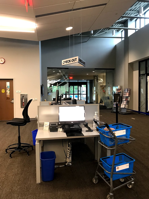 St. Louis County Library–Meramec Valley Branch - library  | Photo 7 of 10 | Address: 1501 San Simeon Way, Fenton, MO 63026, USA | Phone: (314) 994-3300