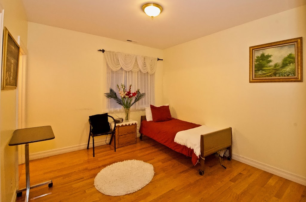 Novelty Hill Adult Family Home - health  | Photo 9 of 10 | Address: 18446 NE 95th St, Redmond, WA 98052, USA | Phone: (206) 941-4122