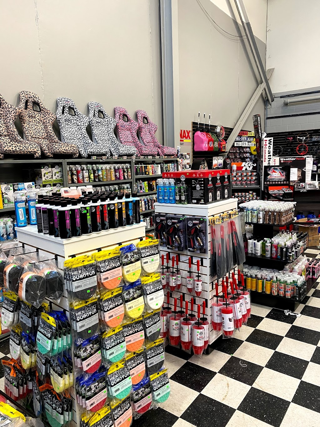 Automotive Warehouse Auto Parts & Accesories - car repair  | Photo 5 of 10 | Address: 343 Airport Rd, Niagara-on-the-Lake, ON L0S 1J0, Canada | Phone: (905) 682-1711