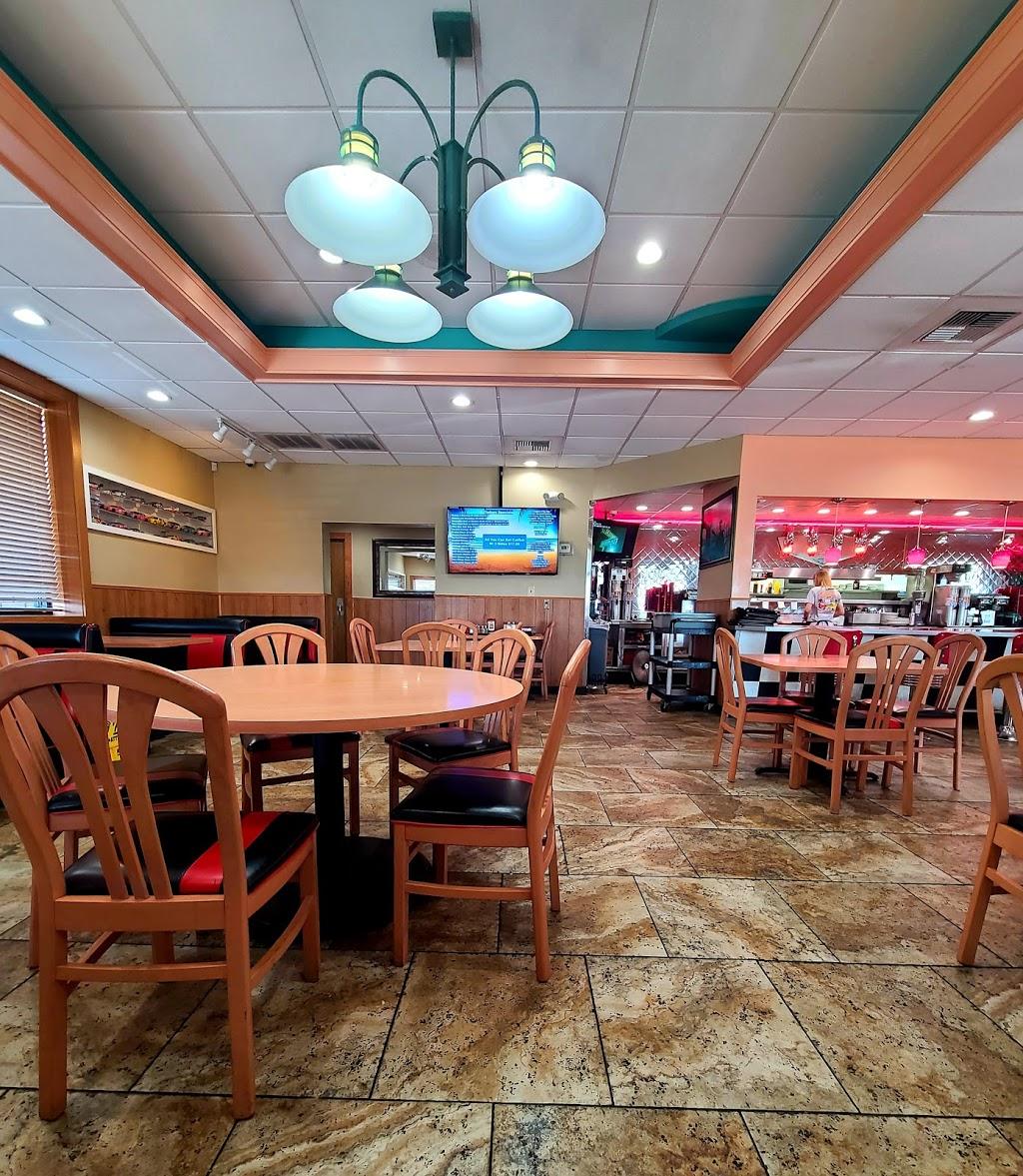 Freeway Cafe West - cafe    Photo 1 of 10   Address: 5849 S 49th W Ave, Tulsa, OK 74107, USA   Phone: (918) 292-8678