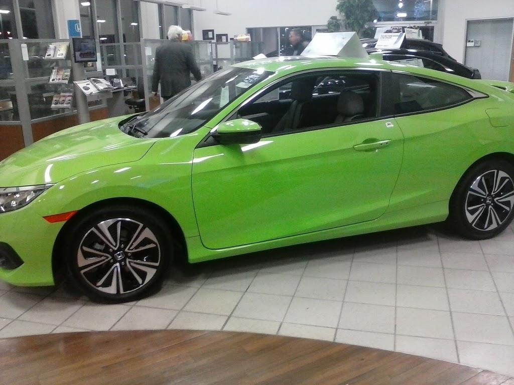 Serra Honda OFallon - car dealer  | Photo 6 of 10 | Address: 1268 Central Park Dr, OFallon, IL 62269, USA | Phone: (618) 622-0588