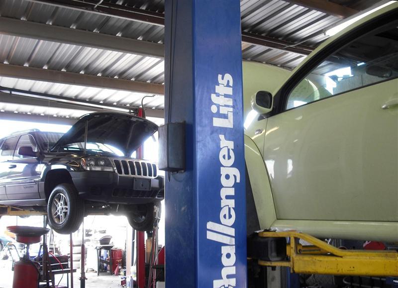 Mikes Tech Transmission - car repair  | Photo 3 of 10 | Address: 1304 E Indian School Rd, Phoenix, AZ 85014, USA | Phone: (602) 461-7172
