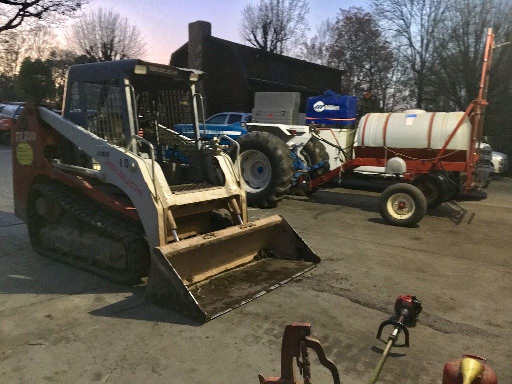 Vogt Equipment Forklift Repair - store  | Photo 3 of 5 | Address: 9235 Pumpkin Ridge Rd, Kernersville, NC 27284, USA | Phone: (336) 996-3358