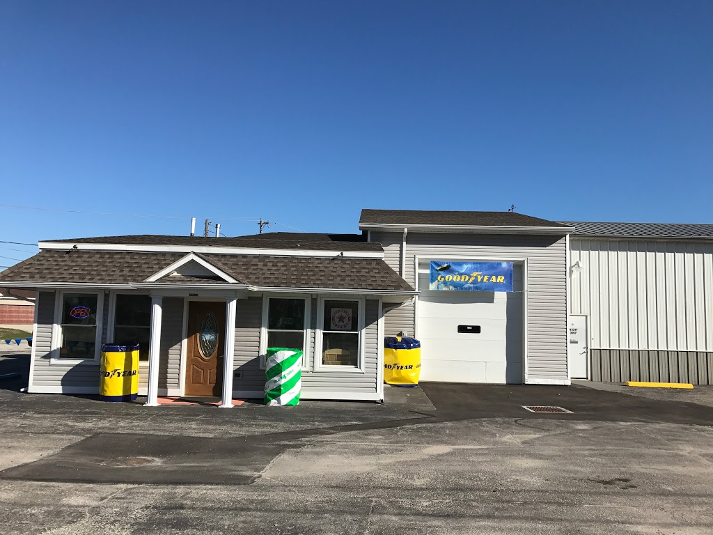 BearClaws Tire-Auto and Light Truck Service LLC - car repair  | Photo 1 of 8 | Address: 5601 Woodville Rd, Northwood, OH 43619, USA | Phone: (419) 696-0001