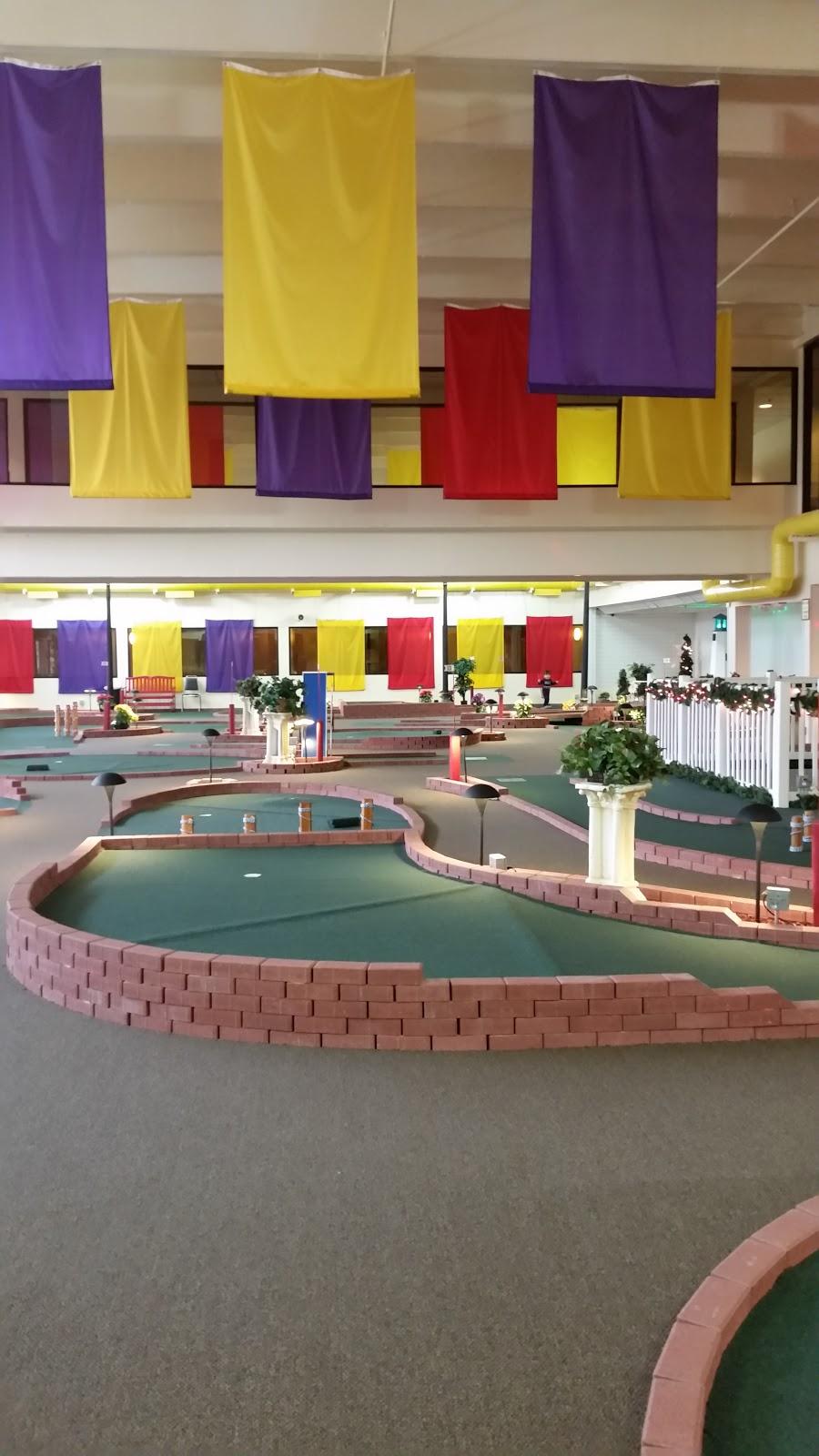 Rose Shores Athletic Club - health    Photo 4 of 9   Address: 31950 Little Mack Ave, Roseville, MI 48066, USA   Phone: (586) 296-2200