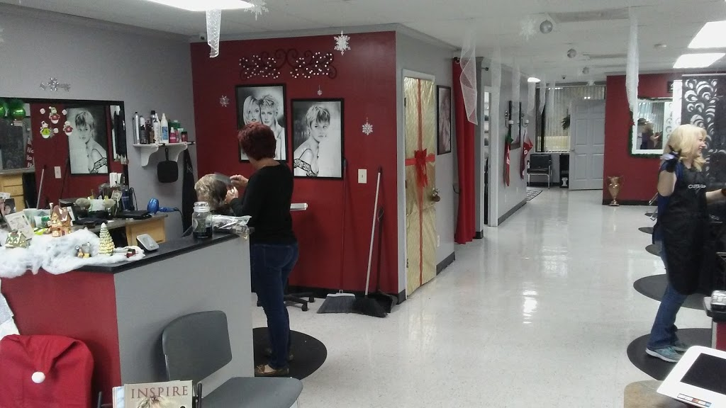 Cutz n Clips 2 - hair care  | Photo 3 of 10 | Address: 35360 FL-54, Zephyrhills, FL 33541, USA | Phone: (813) 782-8888