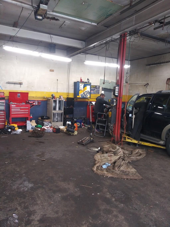 BUBBS AUTO REPAIR & SALES - car repair  | Photo 1 of 10 | Address: 2964 Lockport Rd, Niagara Falls, NY 14305, USA | Phone: (716) 990-2180