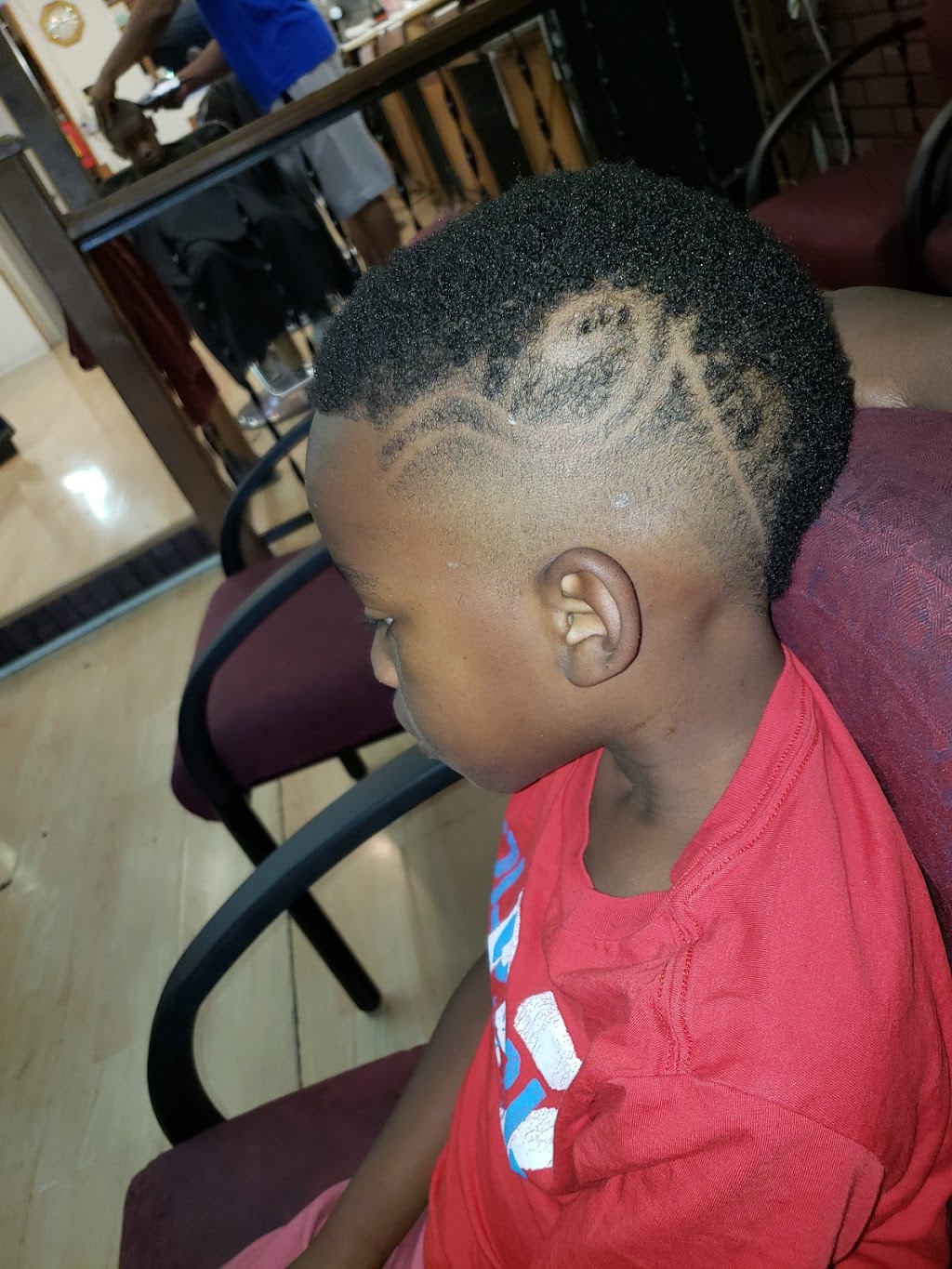 Top of the Line Barber Shop - hair care  | Photo 1 of 7 | Address: 4390 N 27th St, Milwaukee, WI 53216, USA | Phone: (414) 449-0351