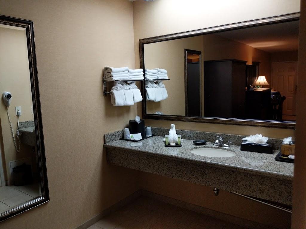 Castle Inn & Suites - lodging  | Photo 4 of 10 | Address: 1734 S Harbor Blvd, Anaheim, CA 92802, USA | Phone: (714) 774-8111