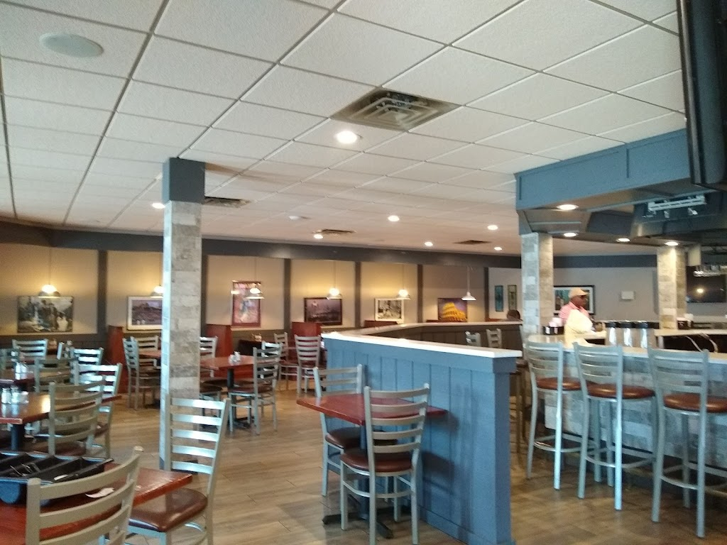 House of Pizza - restaurant    Photo 5 of 10   Address: 7008 Indianapolis Blvd, Hammond, IN 46324, USA   Phone: (219) 844-6065