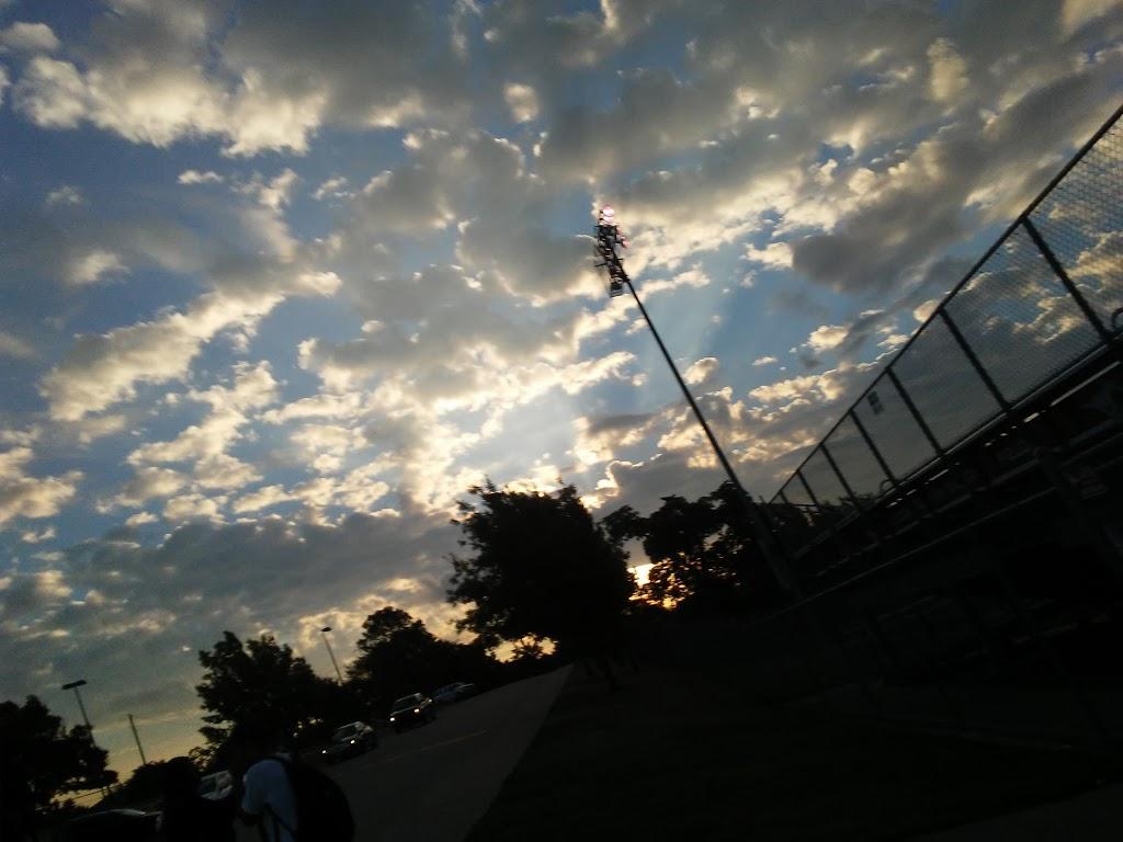 Grapevine Middle School - school    Photo 1 of 2   Address: 301 Pony Pkwy, Grapevine, TX 76051, USA   Phone: (817) 251-5660