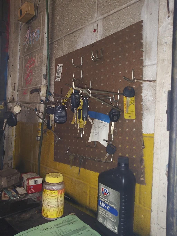 BUBBS AUTO REPAIR & SALES - car repair  | Photo 6 of 10 | Address: 2964 Lockport Rd, Niagara Falls, NY 14305, USA | Phone: (716) 990-2180