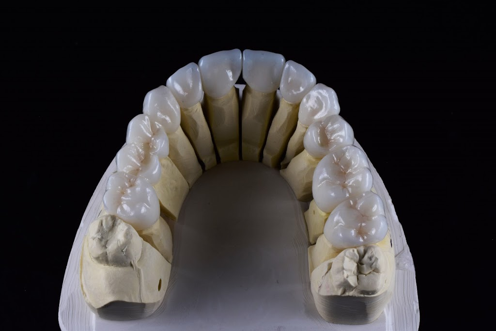 Maverick Dental Laboratories - dentist    Photo 2 of 10   Address: 1615 Golden Mile Hwy, Monroeville, PA 15146, USA   Phone: (866) 294-7444