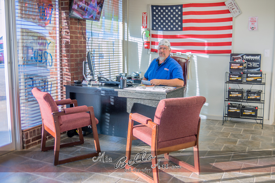 Ultimate Auto Finance - car dealer  | Photo 2 of 10 | Address: 11639 N Garnett Rd, Collinsville, OK 74021, USA | Phone: (918) 553-6500
