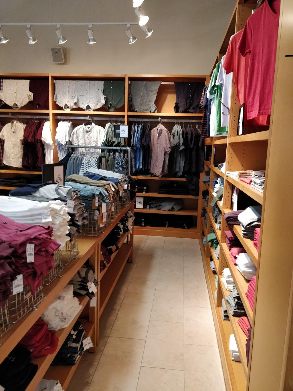 J.Crew Factory - clothing store    Photo 5 of 10   Address: 852 Premium Outlets Dr, Monroe, OH 45050, USA   Phone: (513) 539-8097