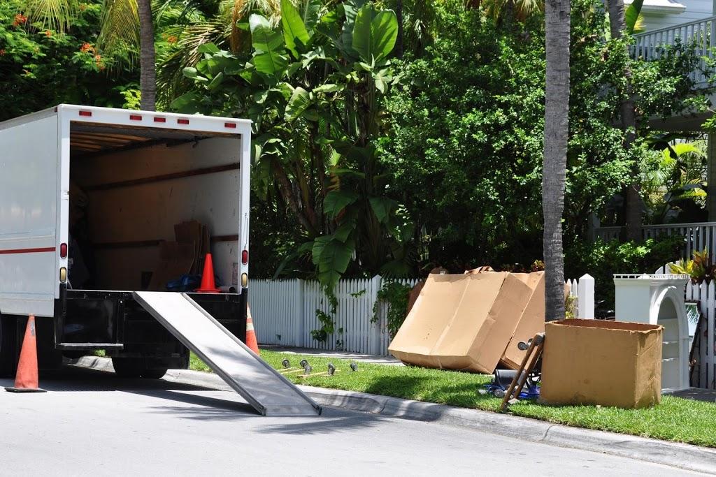 Island Express Movers - moving company    Photo 9 of 10   Address: 1134 Bergenia Dr, Reynoldsburg, OH 43068, USA   Phone: (614) 599-3627