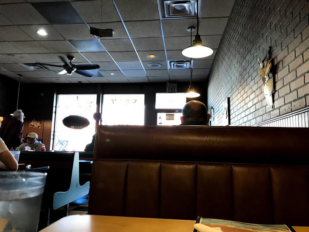 Boardwalk Cafe - cafe  | Photo 3 of 10 | Address: 600 E Lockwood Ave, St. Louis, MO 63119, USA | Phone: (314) 963-0013