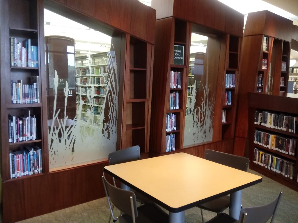 Azle Memorial Library - library  | Photo 7 of 10 | Address: 333 W Main St, Azle, TX 76020, USA | Phone: (817) 752-2682