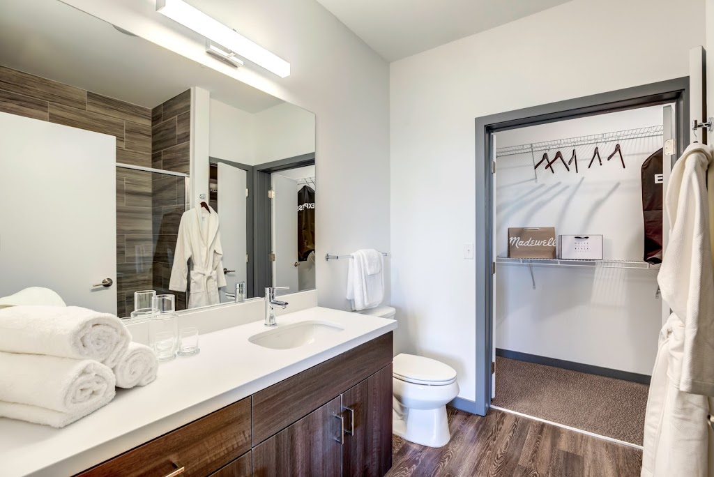 Tanager Luxury Apartments - real estate agency  | Photo 8 of 10 | Address: 2375 Spruce Goose St, Las Vegas, NV 89135, USA | Phone: (833) 752-4101