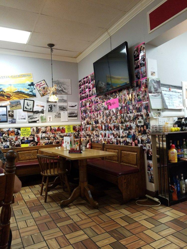 Laguna Cafe - cafe  | Photo 4 of 10 | Address: 24310 Moulton Pkwy, Laguna Woods, CA 92637, USA | Phone: (949) 380-0465