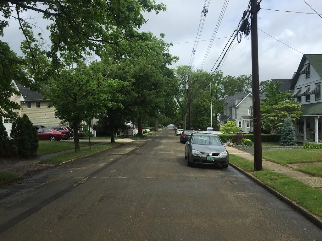 Rogers Park - park    Photo 10 of 10   Address: 43 Lafayette St, Rumson, NJ 07760, USA   Phone: (732) 842-3300