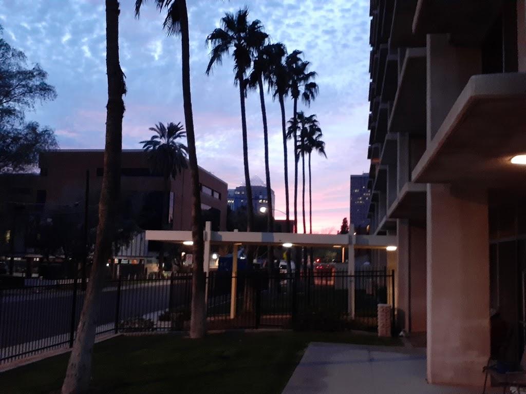 Fellowship Towers - lodging  | Photo 4 of 10 | Address: 222 E Indianola Ave, Phoenix, AZ 85012, USA | Phone: (602) 266-9438