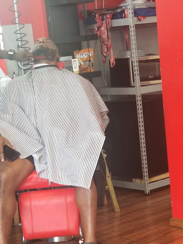 The Kings Barbershop/Salon - hair care    Photo 9 of 10   Address: 993 NE 135th St, North Miami, FL 33161, USA   Phone: (786) 400-4119