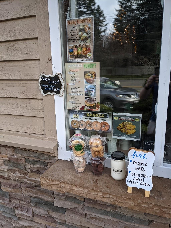 Grounds Coffee Co - cafe  | Photo 9 of 10 | Address: 11601 Harbour Pointe Blvd, Mukilteo, WA 98275, USA | Phone: (425) 290-1643